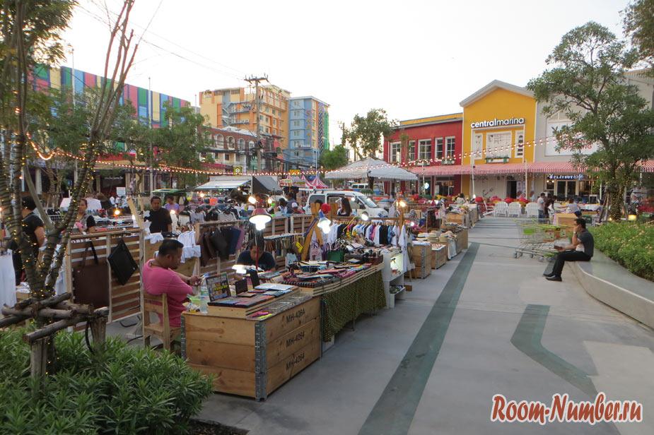 рынок возле Central Marina Паттайя