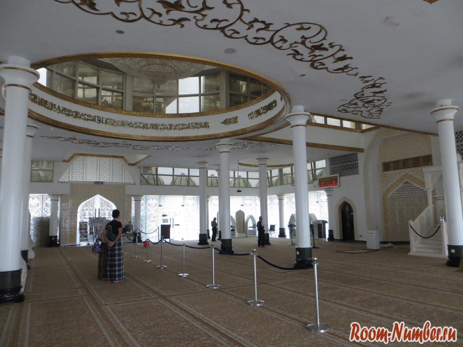 Masjid-Kristal-06