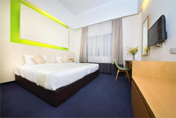 бюджетный отель цитрус или Q Hotel Kuala Lumpur на станции метро Султан Измаил