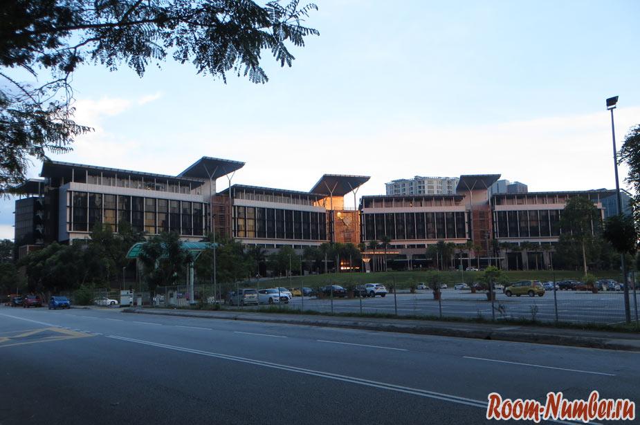 Клиника Принц Корт в Куала Лумпур, в которую отправили по Страховке ВТБ с ассистансом GVA