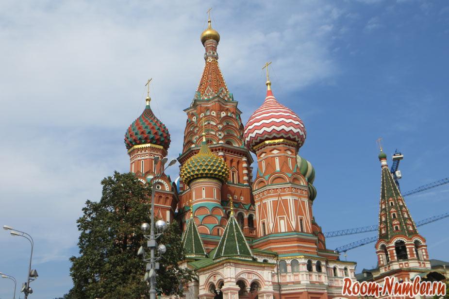 Фото Храма Василия Блаженного вблизи