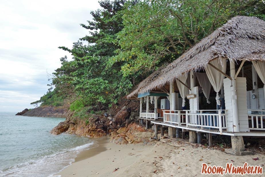 plazh-otelia-chang-resort-90