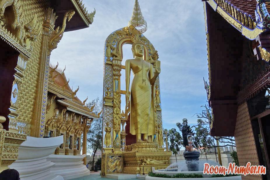 Mueang-Boran-03