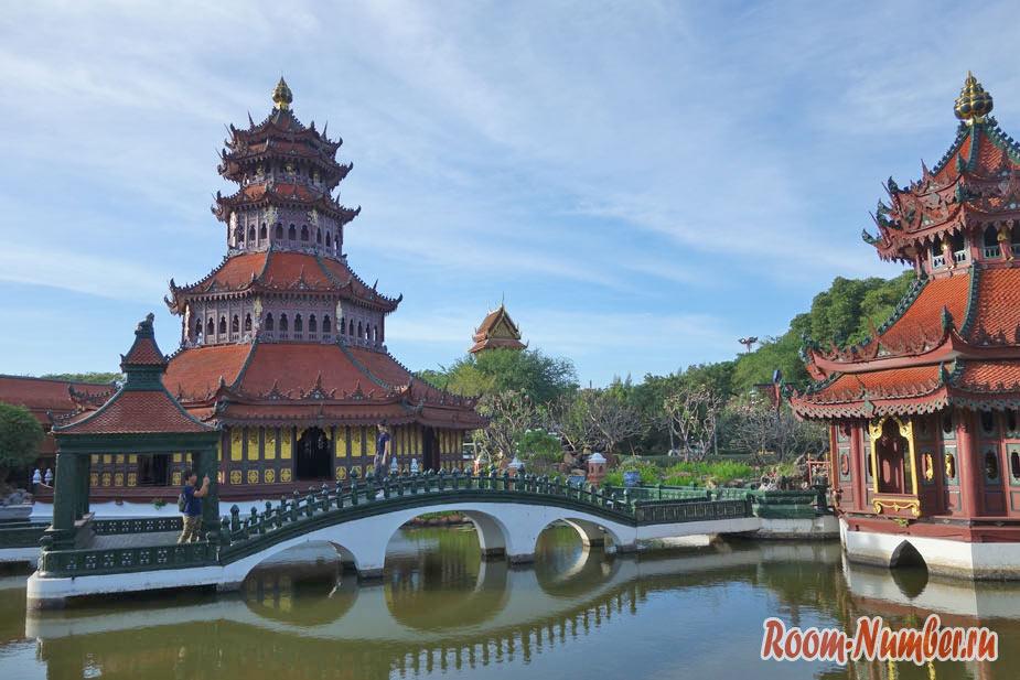 Mueang-Boran-05