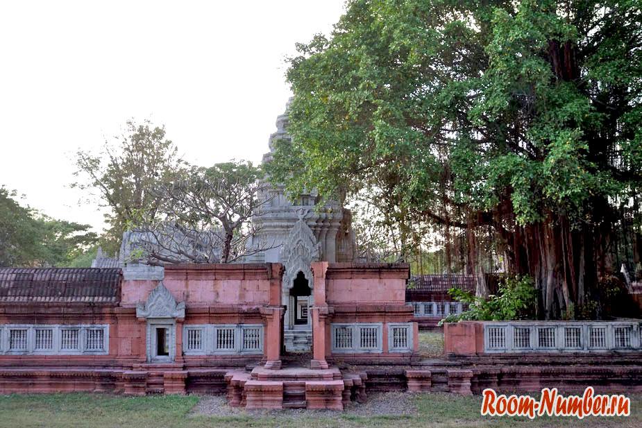 Mueang-Boran-13