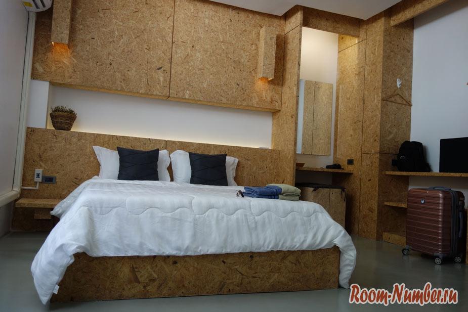 hugger-hostel-v-phuket-tayne-7