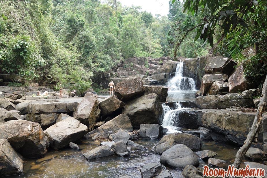 Водопад Khlong Yai Kee на Ко Куде