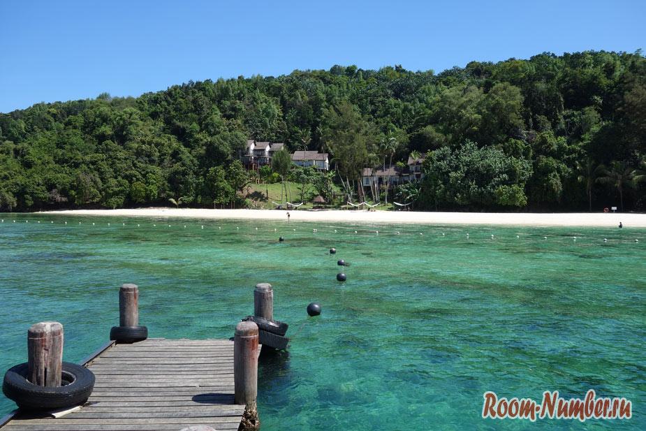Остров Манукан возле Борнео. Самый красивый из островов национального парка Тунку Абдул Рахман