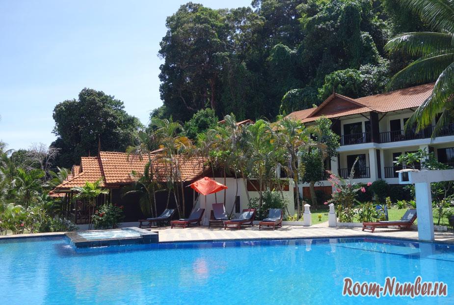 ostrov-lang-tengah-v-malaysii-25