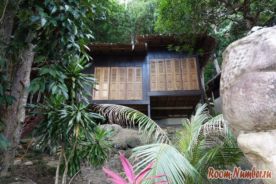otel-i-plazh-na-tiomane-tunamaya-beach-resort-33