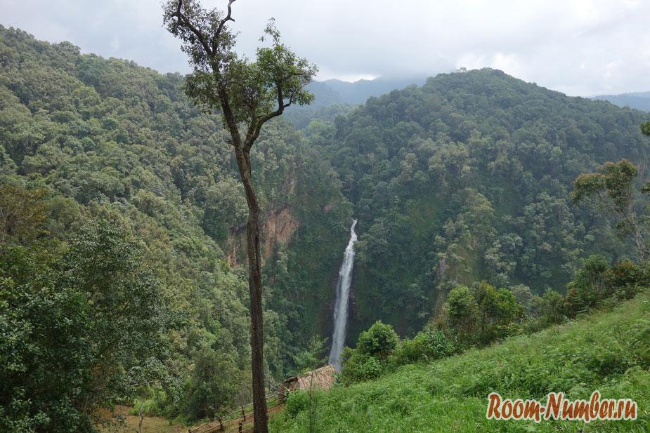 Водопад Ме Сурин в Таиланде в провинции Мае Хонг Сон