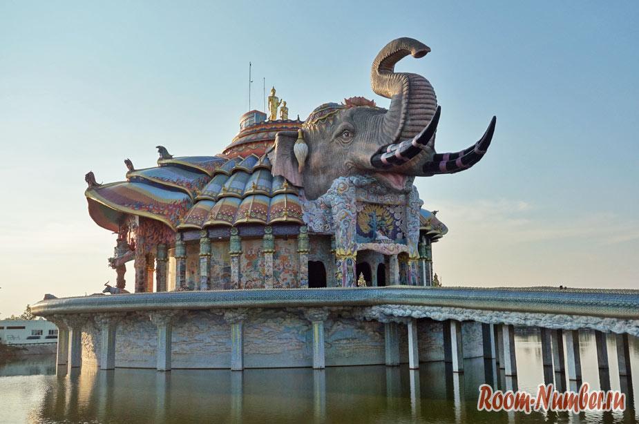 Wat Ban Rai. Такого храма в Тайланде вы еще не видели!