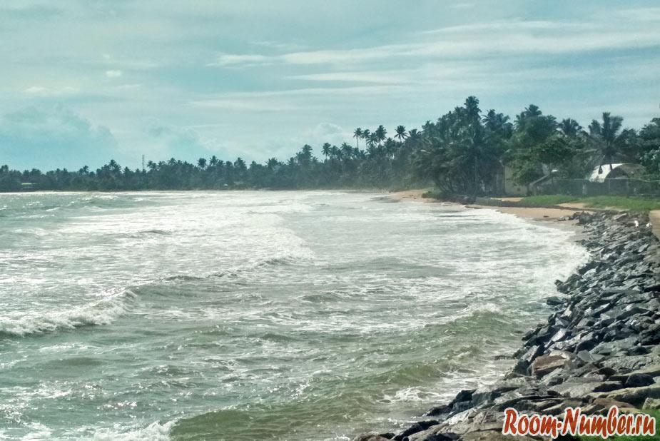 пляж города Матара в Шри Ланке