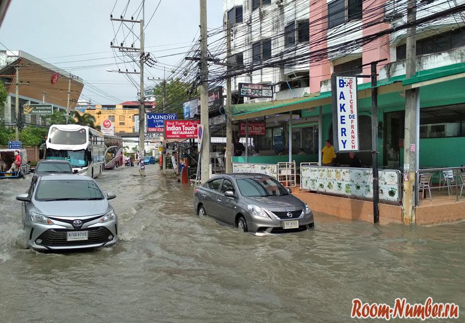 Наводнение в Паттайе в 2019 г (20 фото)