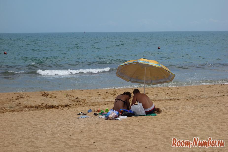 plazh-zolotoi-pesok-5