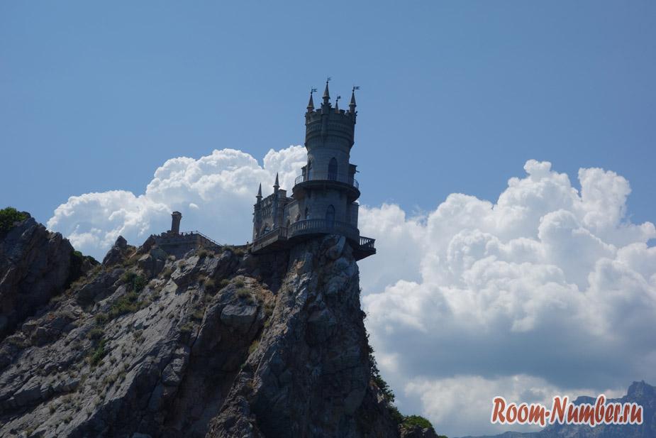 Ласточкино гнездо: самая узнаваемая достопримечательность Крыма