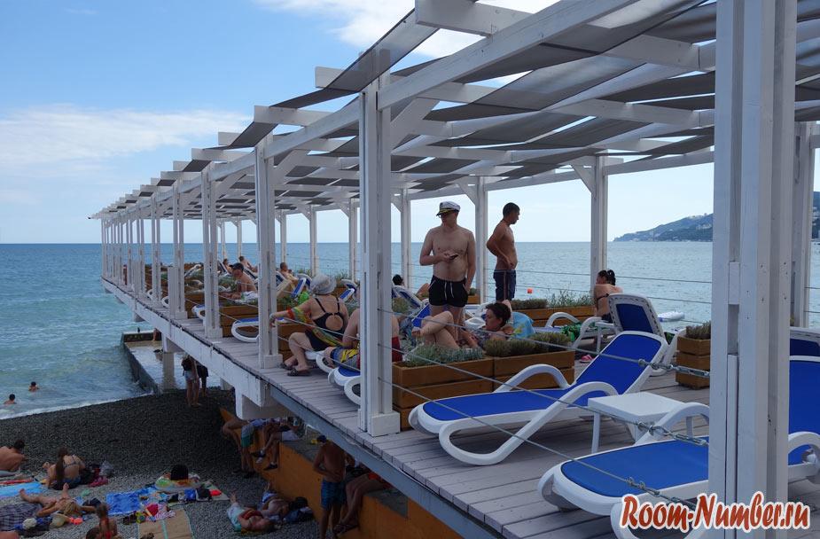 massandra-beach-10