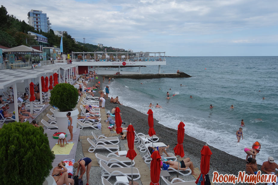 massandra-beach-15