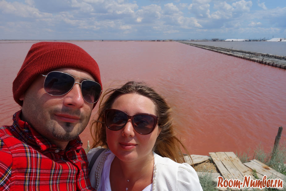 Розовое озеро в Крыму. Поездка на озеро Сасык Сиваш в Евпатории
