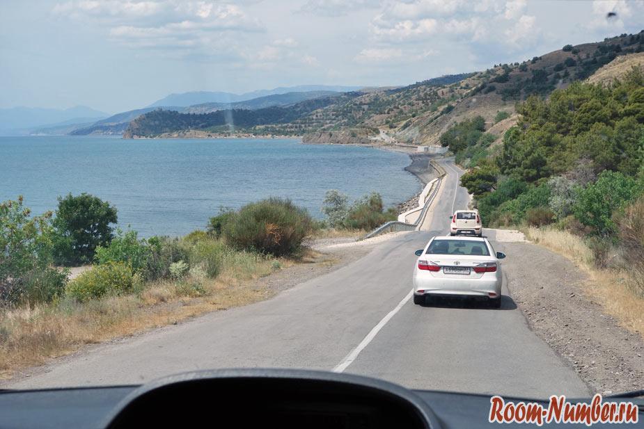 Дорога Судак Алушта вдоль моря