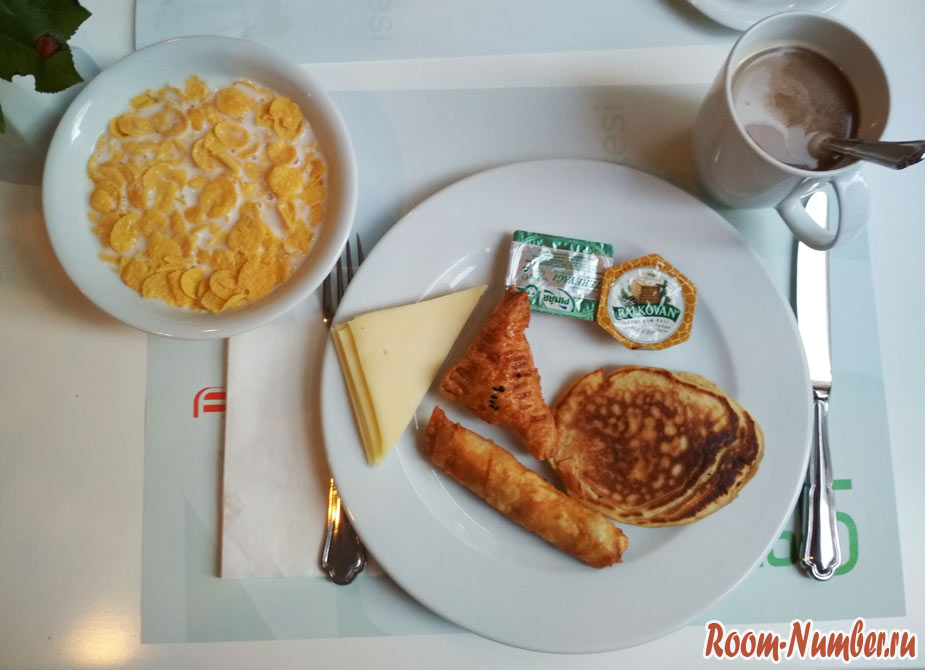 beyond-hotel-breakfast