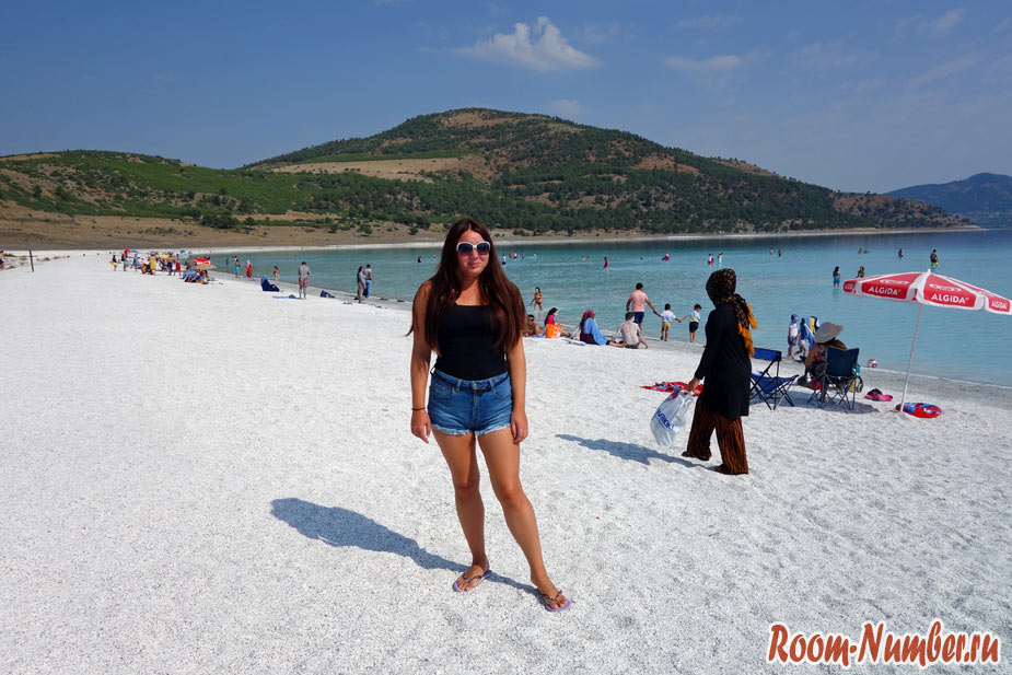 Катя room-number.ru на озере Салда в Турции