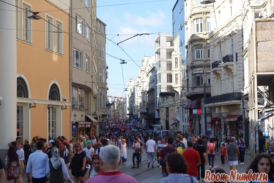 Istiklal-Street-12