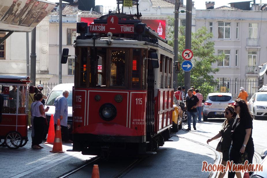 Istiklal-Street-8