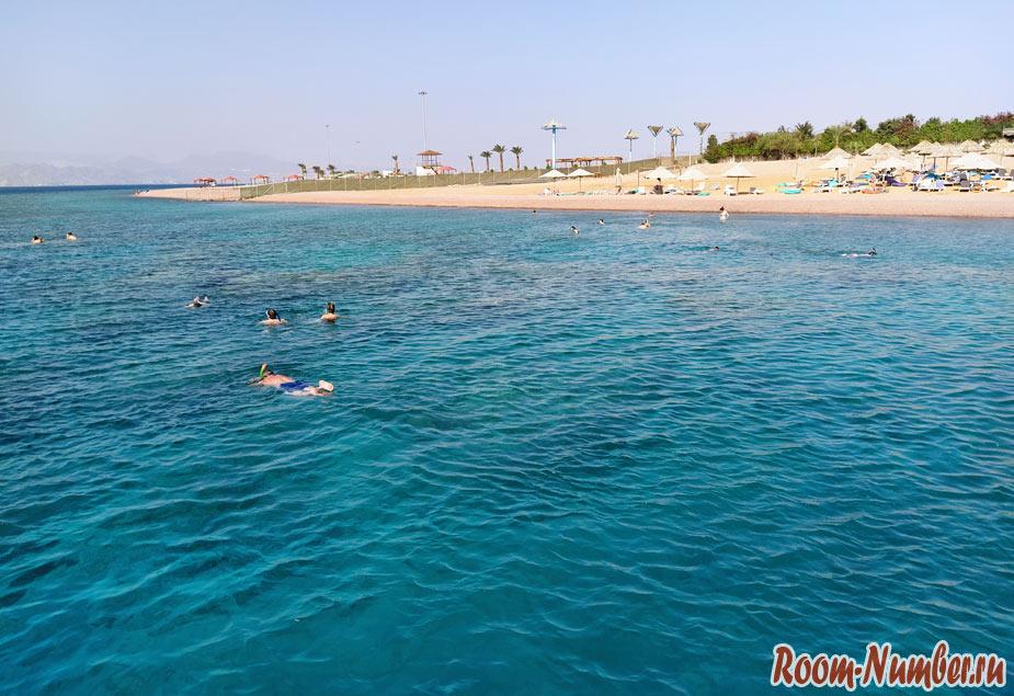 aqaba-beach-1