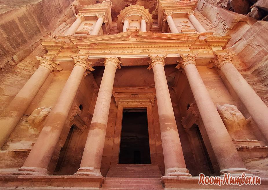 Петра, Иордания. Пещерный город, затерянный в пустыне