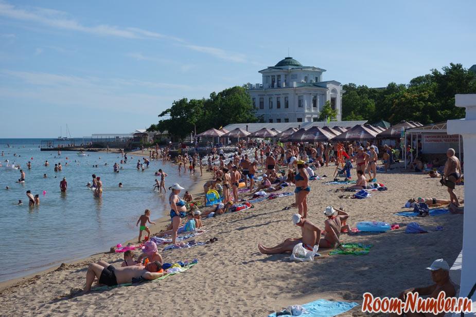 Пляжи Евпатории. Все пляжи с фото, отелями и точками на карте