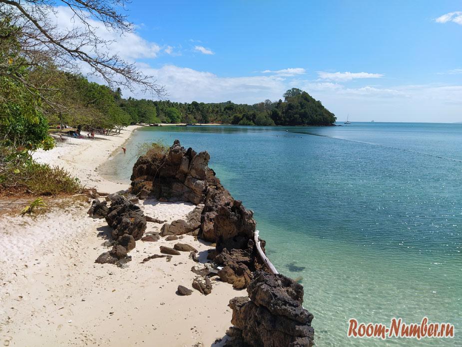 Лучший пляж на острове Ко Яо Яй у отеля Glow Elixir