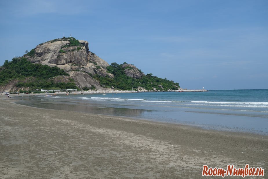 Пляж Као Такиаб в Хуа Хине (Khao Takiab Beach)