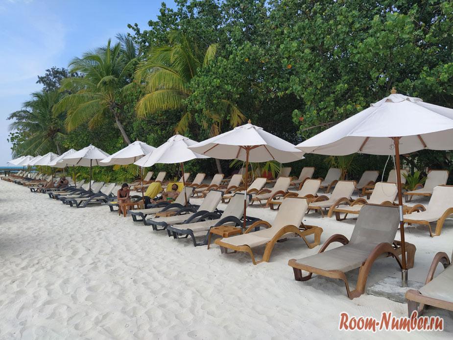 ostrov-centara-na-maldivah-16