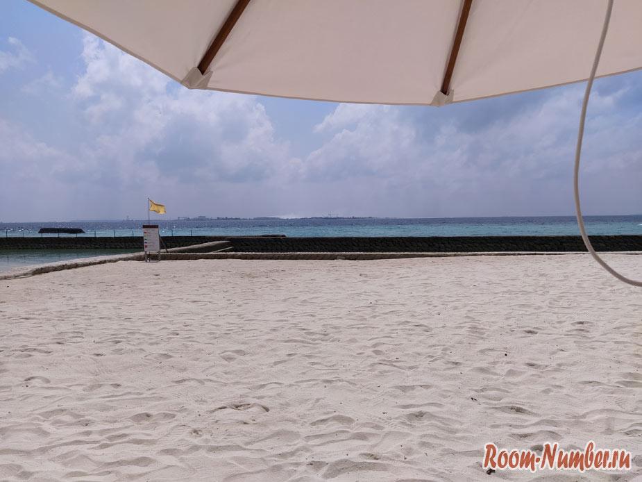 ostrov-centara-na-maldivah-17