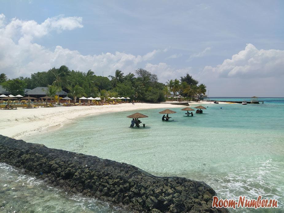 ostrov-centara-na-maldivah-21