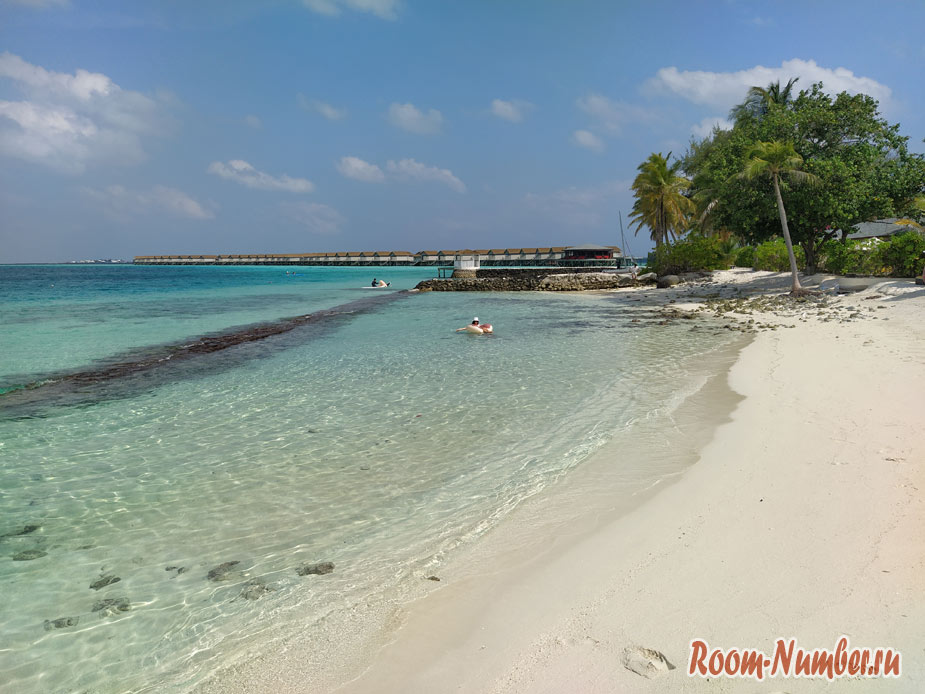 ostrov-centara-na-maldivah-3