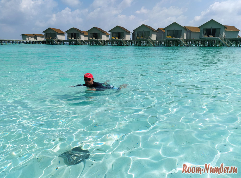 ostrov-centara-na-maldivah-33