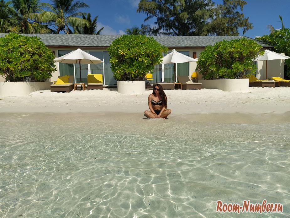 ostrov-centara-na-maldivah-39