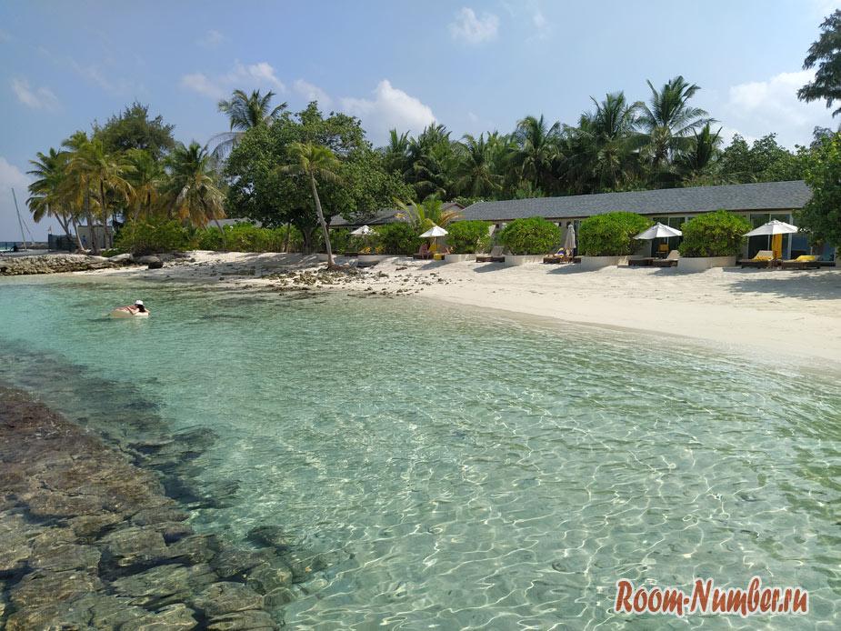 ostrov-centara-na-maldivah-4