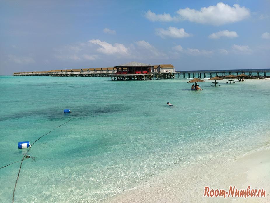 ostrov-centara-na-maldivah-9