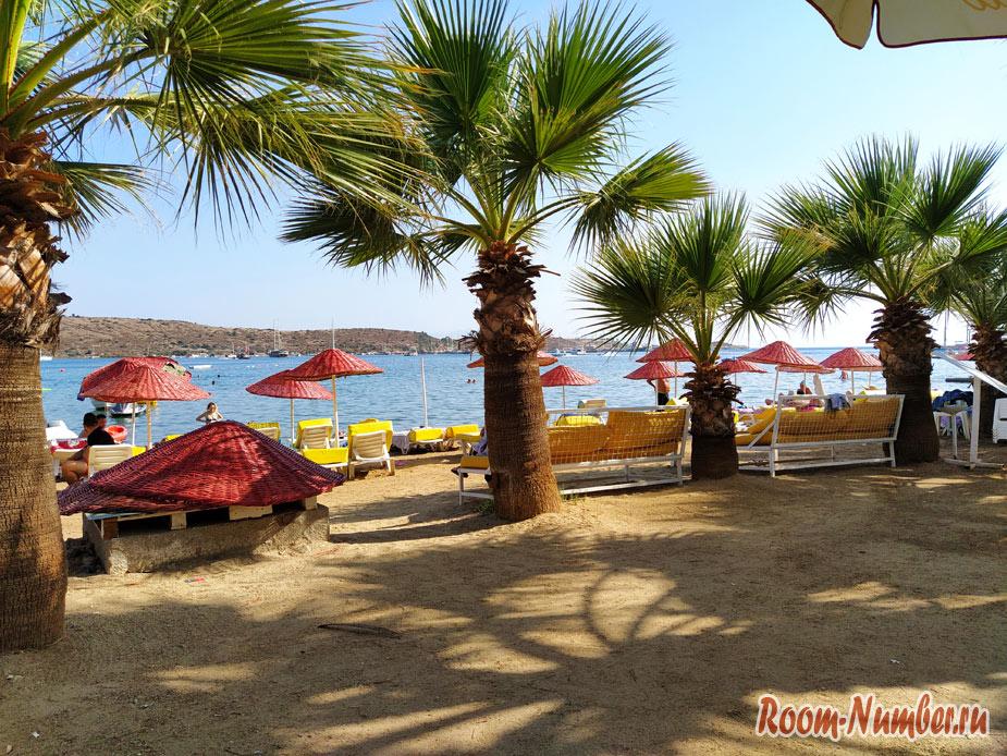 Пляж Гюмбет или тусовка в Бодруме и бич клаб