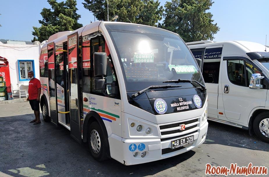 Автобусы и маршрутки в Бодруме. Как перемещаться между пляжами