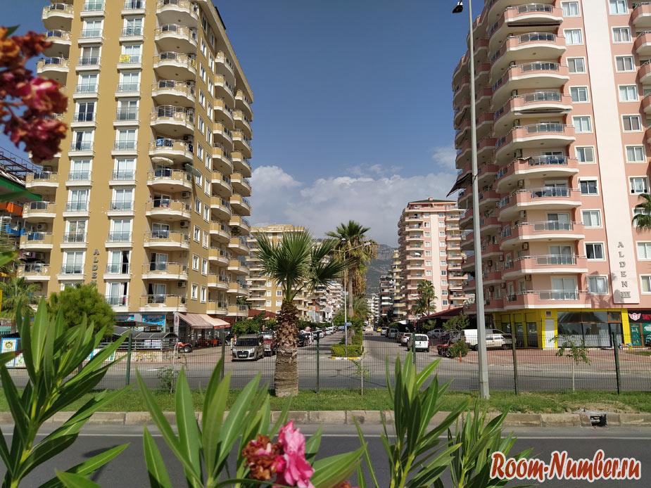Махмутлар, Турция. Обзор района, фото пляжа и города