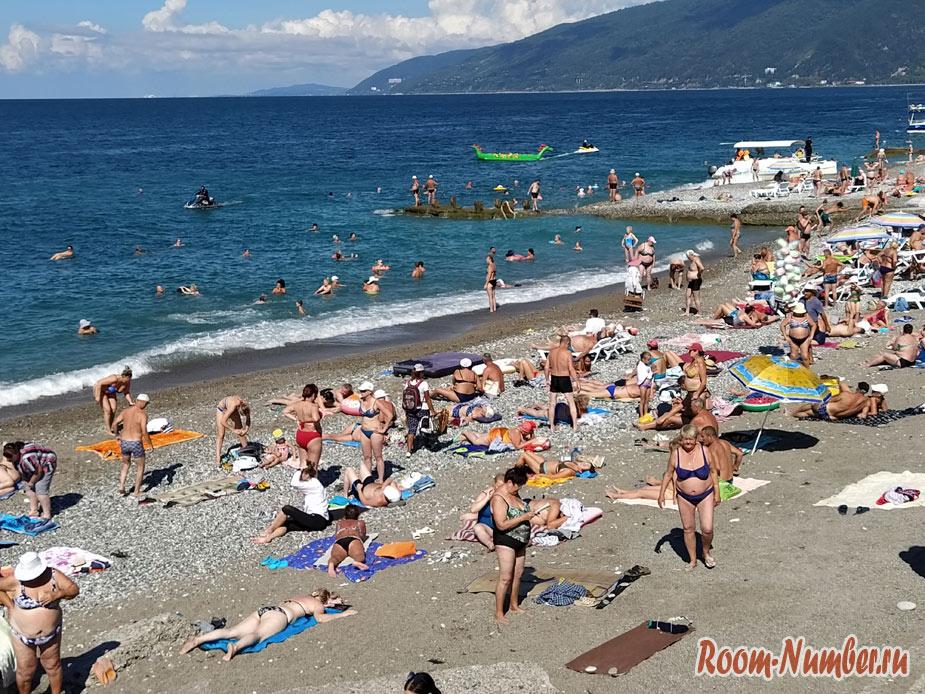 Пляжи в Гагре, Абхазия. Обзор всех пляжей, отели, реальные фото и наши отзывы